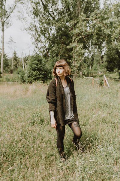 Anna-Maria Langer bietet natürliche Portrait-Fotografie in Köln, Düsseldorf und ganz Deutschland. Ihre Portraits zeichnen sich durch eine natürliche Bildsprache aus, die von Portrait-Shootings, bis hin zu Business-Portraits, Social Media Content und Kampagnen verwendet wird.